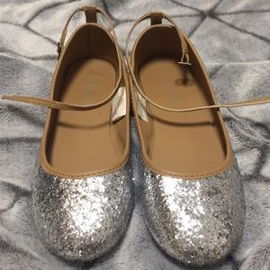 Old Navy Silver Sparkly Flats